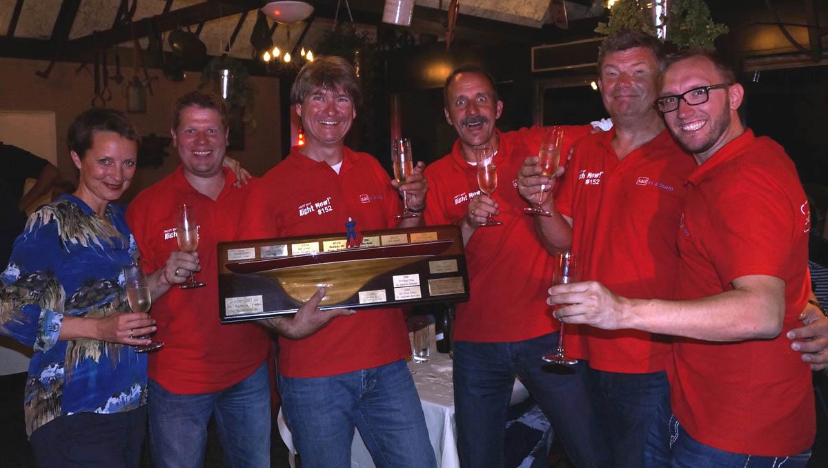 Die Sail as a Team Crew gewinnt den First-Ship-Home-Preis in der ORC2-Gruppe bei der Pott-Regatta 2015